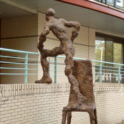Een Mens Op Een Stoel, Raadhuisplein 1, Ronald Tolman